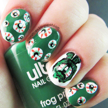 #31DC2014 - Day 4 - Green (Green-Eyed Monster Nails) nail art by Melissa (Clavum Es)