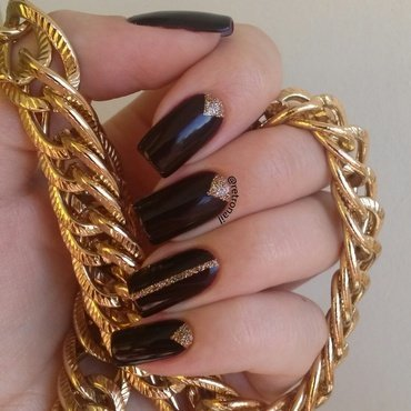 Wine & Gold nail art by retronail