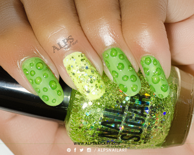 3D Water Color bubbles nailart by @alpsnailart nail art by Alpsnailart