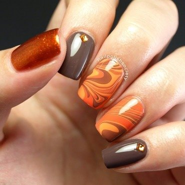 Autumn Water Marble nail art by Emiline Harris
