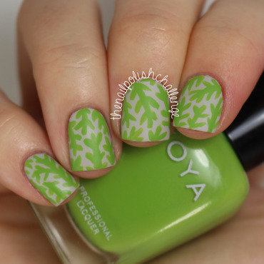 Abstract Leaves nail art by Kelli Dobrin