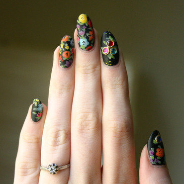 Matte flowers and gems nail art by ladycrappo