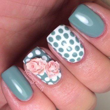3D Vintage roses nail art by Nicole