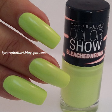 Maybelline chic chartreuse Swatch by Margriet Sijperda