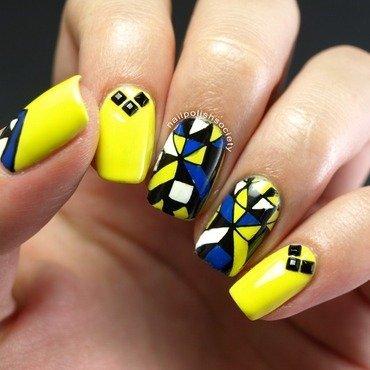 Yellow Mod Geometrical nail art by Emiline Harris