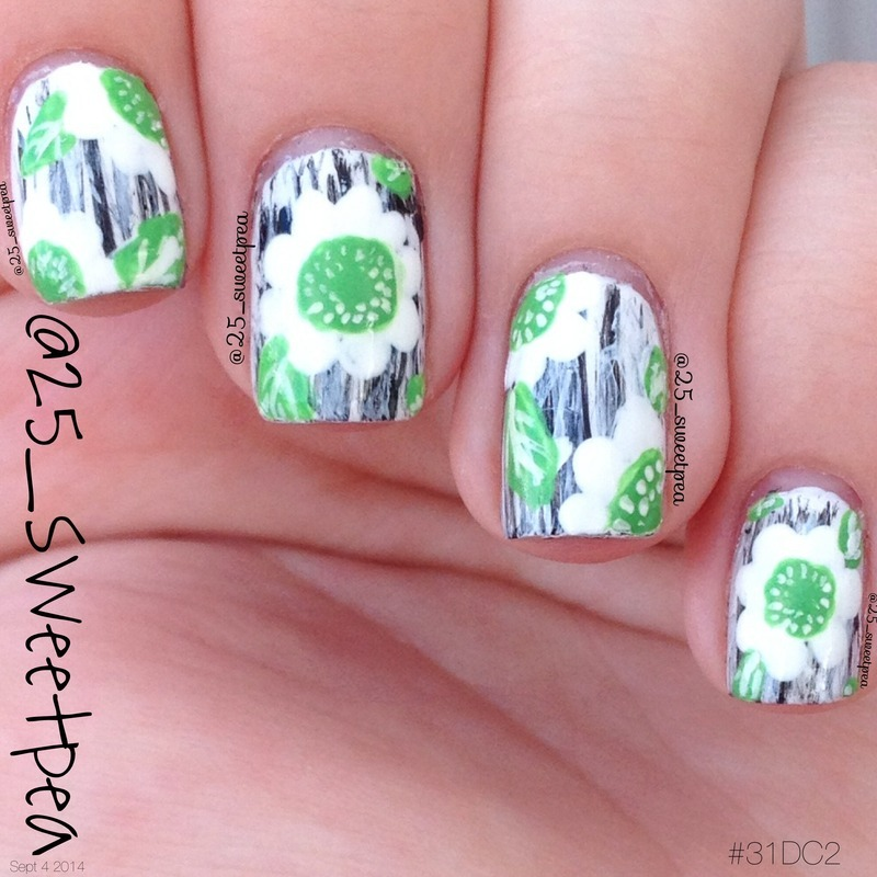 Day 2 Green nail art by 25_sweetpea