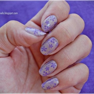 Romantic nail art by Oana Chiciu