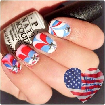 United States of WATERMARBLE nail art by Nicole