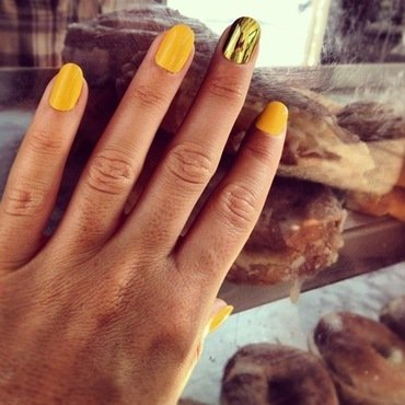 golden delicious. nail art by NAMInails
