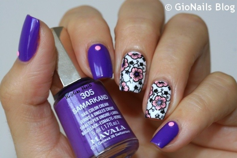 Suki Flowers nail art by Giovanna - GioNails