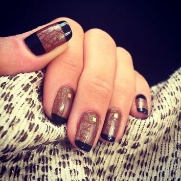 all that glitters is gold.  nail art by NAMInails