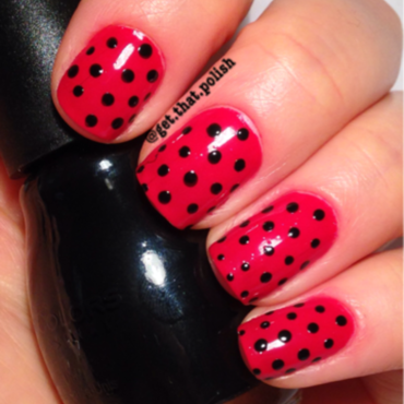Red Dotie nail art by Luciana