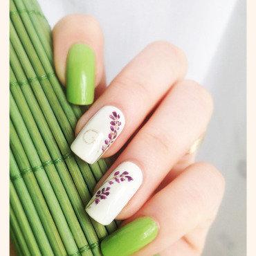 Lavender Mani nail art by Bazavan Diana