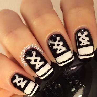 #31dc2014 - Black and White - Day Seven nail art by PolishedJess