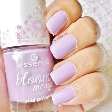 Essence Lovely lavender n°02 Swatch by klo-s-to-me