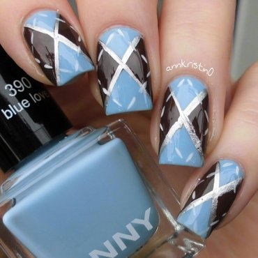 Sweater Weather Nails nail art by Ann-Kristin