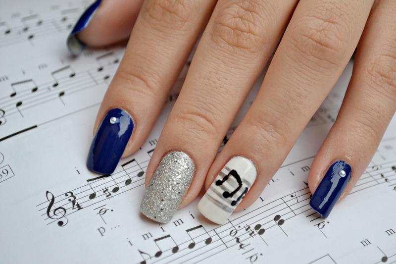 Nocturne nail art by Jovana  Filipovic