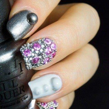 Holo studs nail art 5 thumb370f