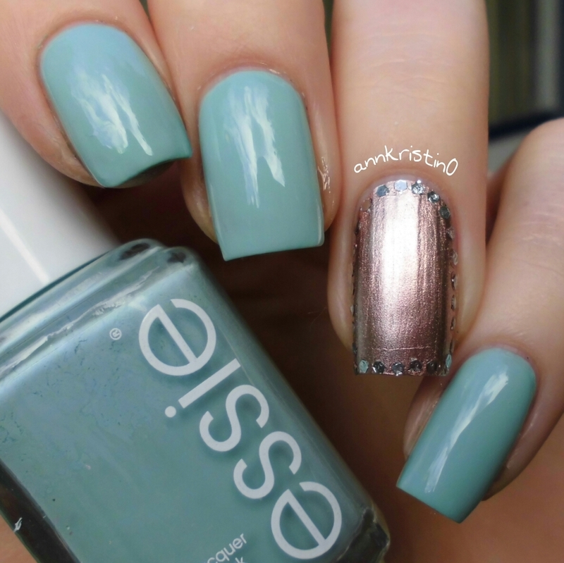 Mint and Rosegold nail art by Ann-Kristin