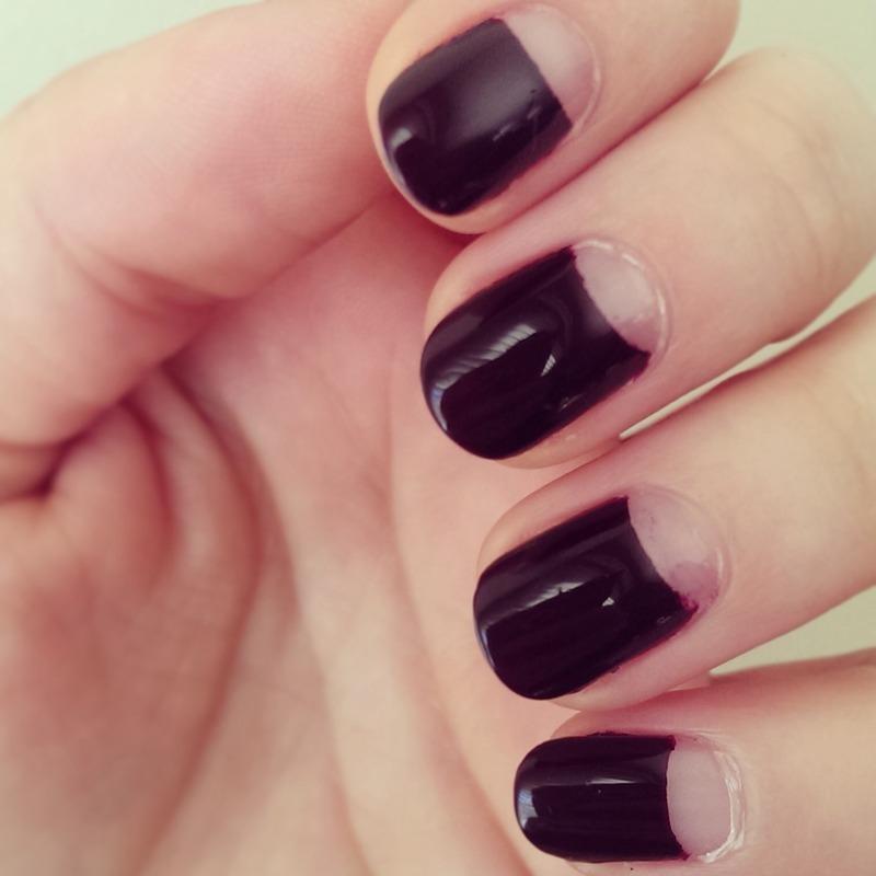 Negative Halfmoon  nail art by Steph