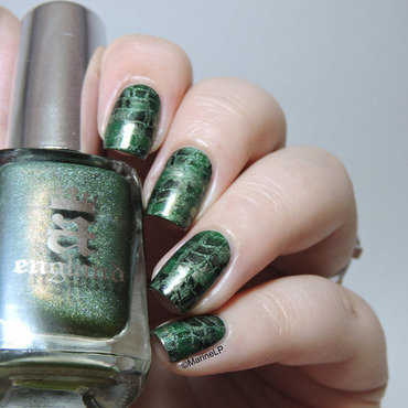 Dragon snakeskin nails 20 2  thumb370f