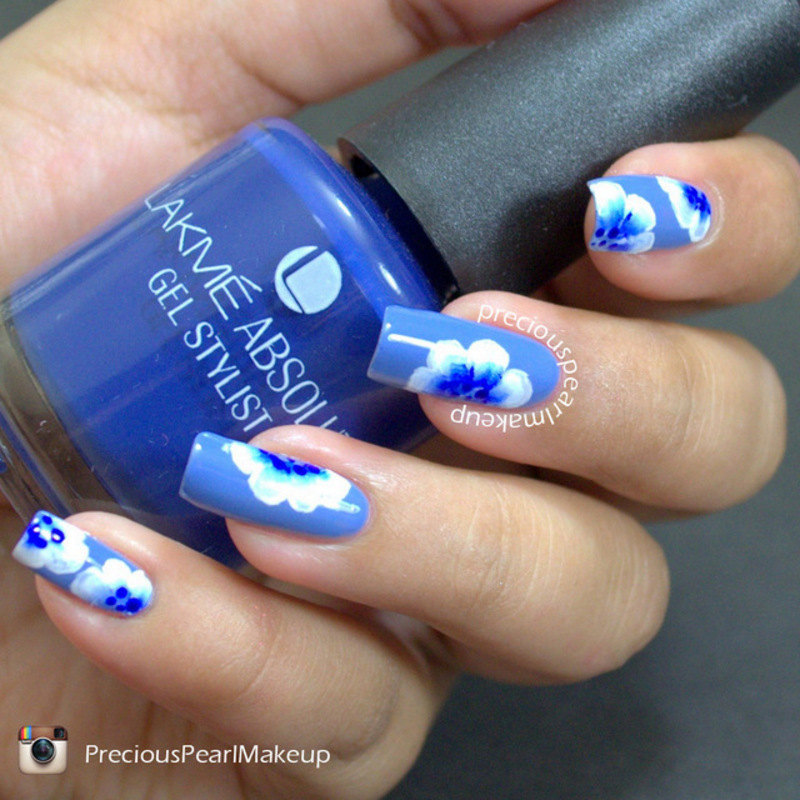 One Stroke Blue Floral nail art by Pearl P.