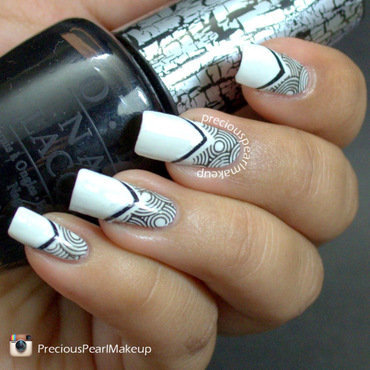 Black 20n 20white 20nail 20art 205 001 thumb370f
