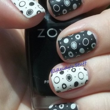 Black and white geometrics nail art by Jenette Maitland-Tomblin