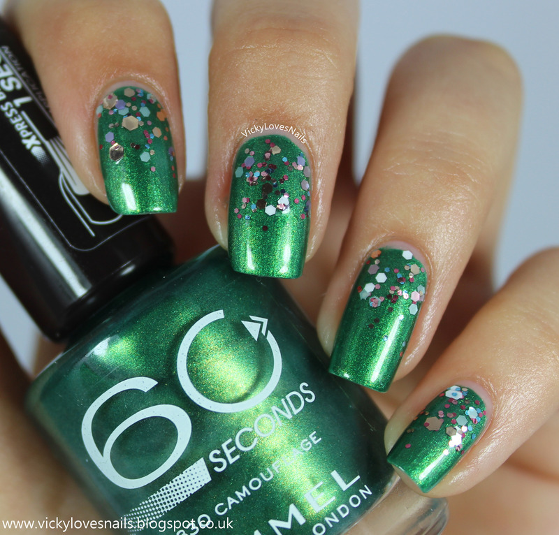 Green Glitter Gradient nail art by Vicky Standage
