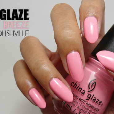 China Glaze Feel the breeze Swatch by Lacqueerisa