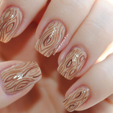 TImber nail art by Ditta