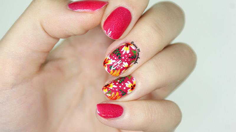 Holo Flower Power nail art by Panna Marchewka