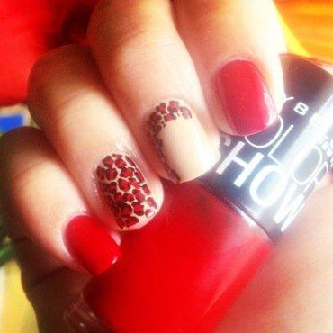 Red Leopard nail art by Valeska Escobar