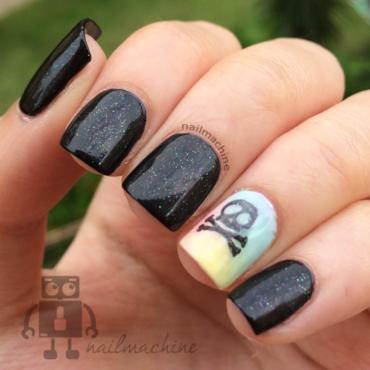 Skull nail art by Kimberlyn