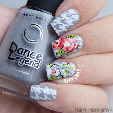 Floral Houndstooth nail art by Very Emily