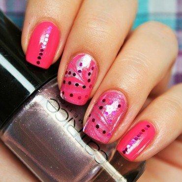 pink watermarble nail art by Jane
