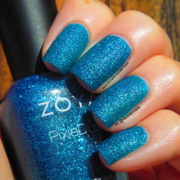 Zoya Liberty Swatch by Donner