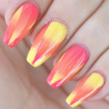 Gradient nail art by HappilyEver Rose