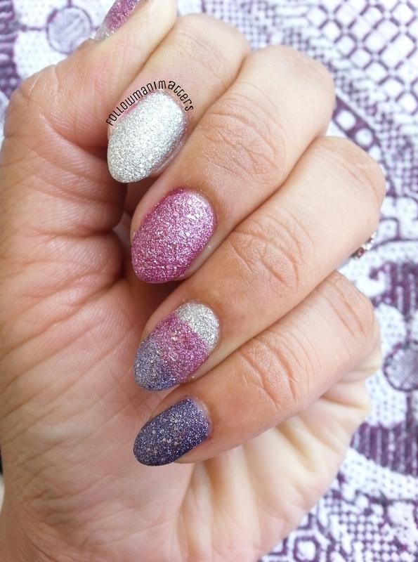 Glitter Texture Gradient nail art by Manisha Manimatters