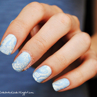 Delicate 20blue 20gradient 20flowers 20nail 20art thumb370f