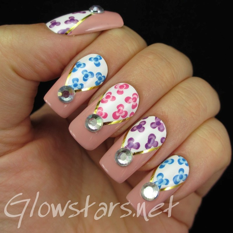 Dotty Florals nail art by Vic 'Glowstars' Pires