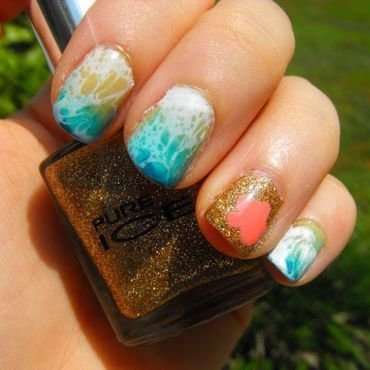 Just Beachy nail art by faerietalenails