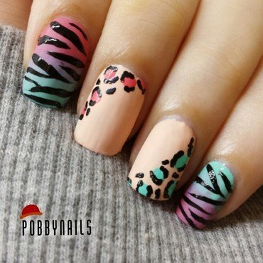 Safari!  nail art by Priscilla  Lim