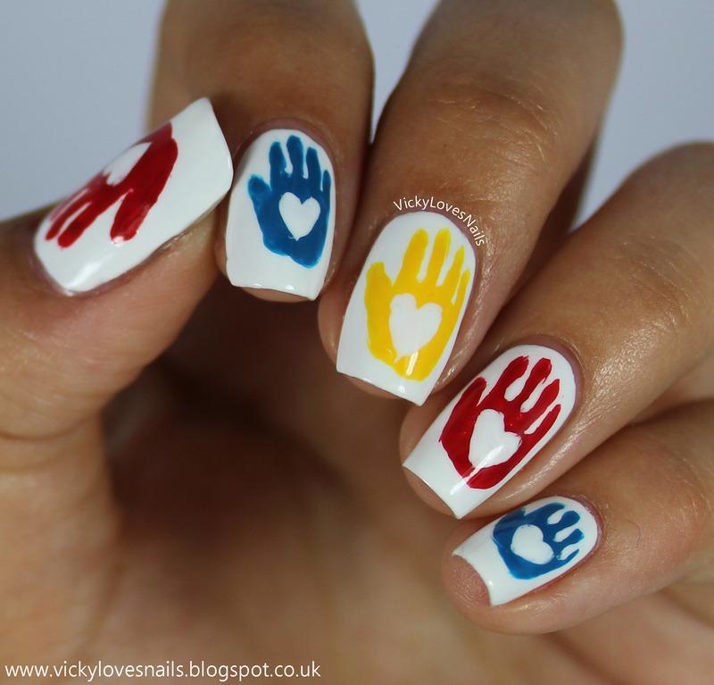 Hand Print Nail Art nail art by Vicky Standage