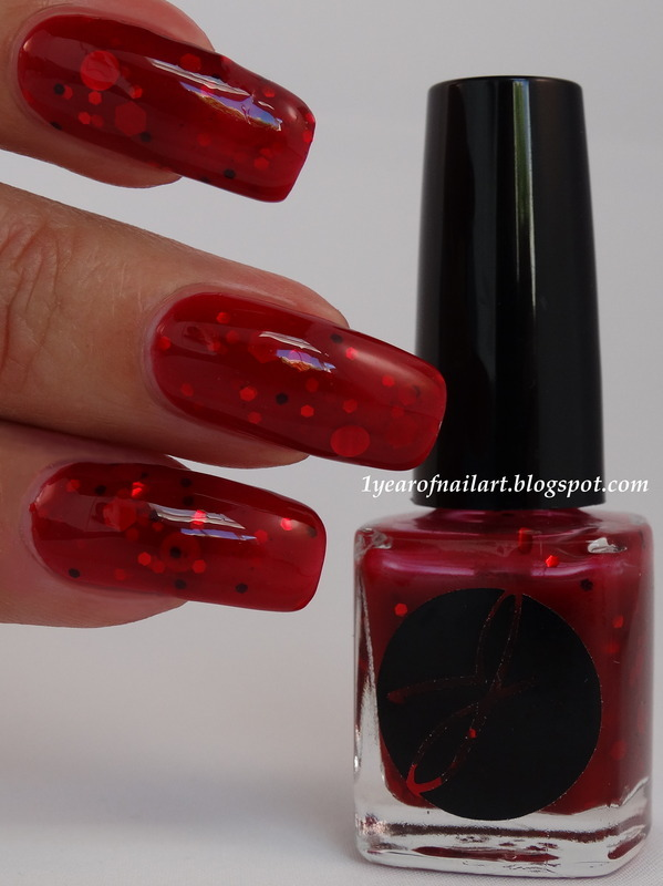Jior Couture Blood Bag Swatch by Margriet Sijperda