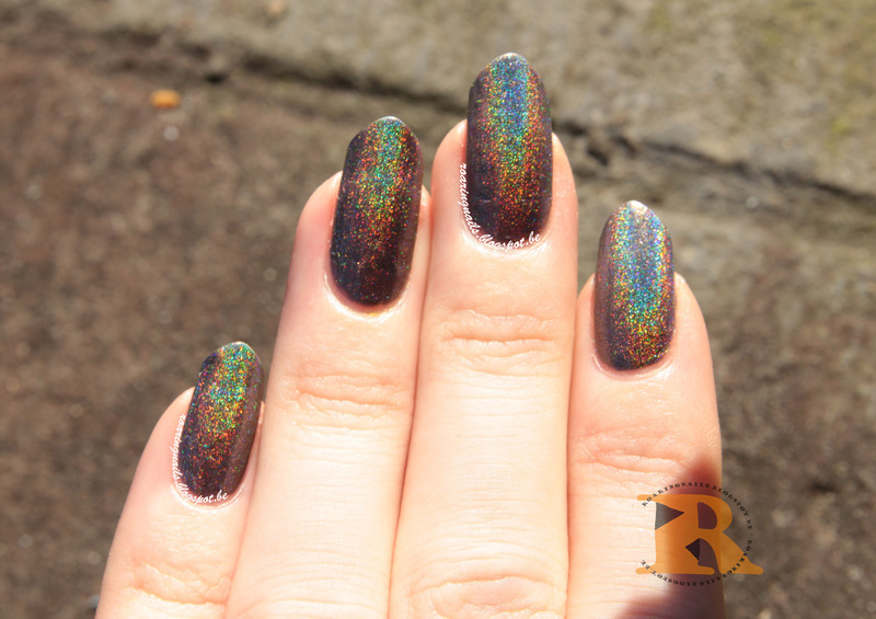 Mod Lacquer Men In Black Swatch by Robin