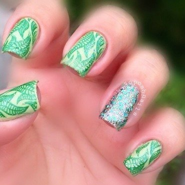 Seaweed nail art by Debbie