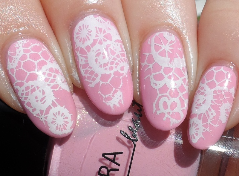 Lace Stamping nail art by Plenty of Colors