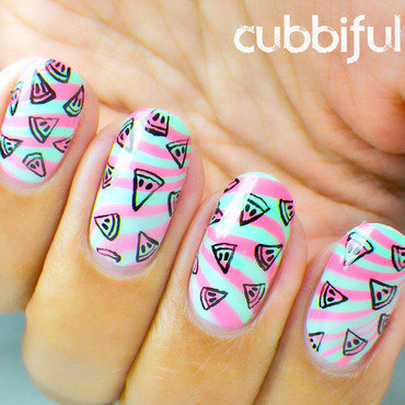 31DC2014 - Day 20: Watermarble nail art by Cubbiful