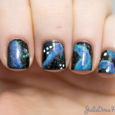 #31DC2014 Day Nineteen: Galaxy Nails nail art by Julie